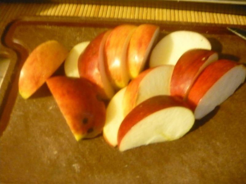 Wątróbka z jabłkiem i cebulką