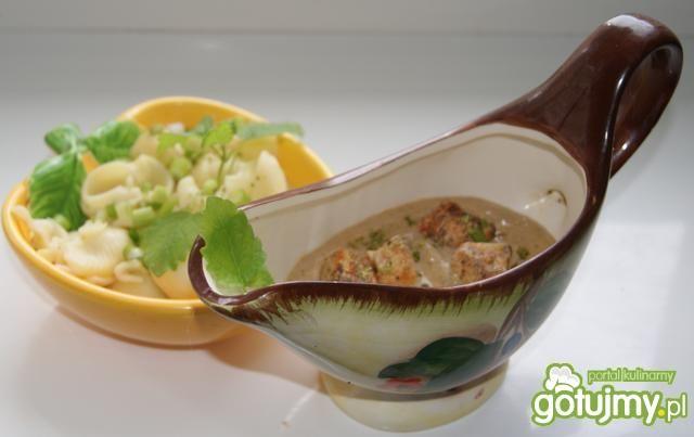 Wątróbkowy sos do makaronu :
