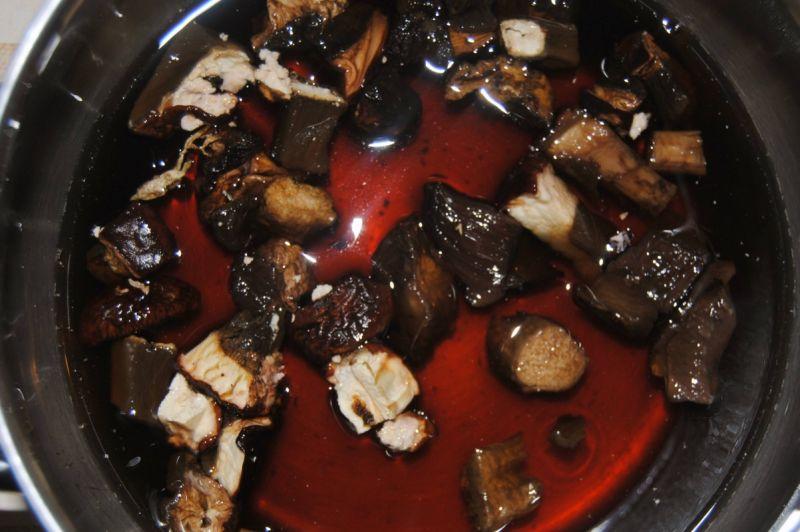 Wigilijna zupa grzybowa z gwiazdkami