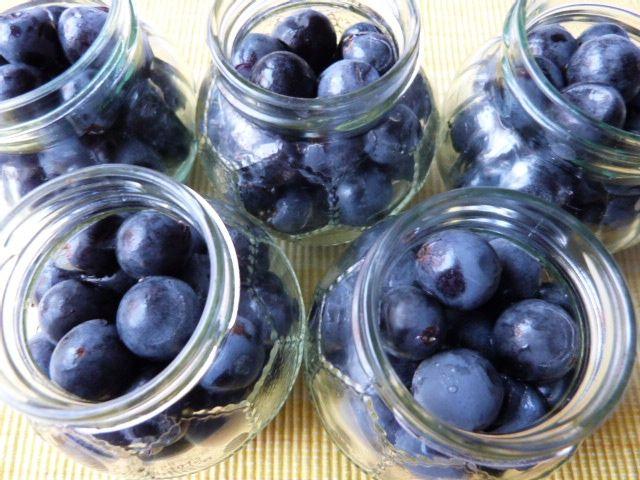 Winogrona w zalewie octowo-korzennej