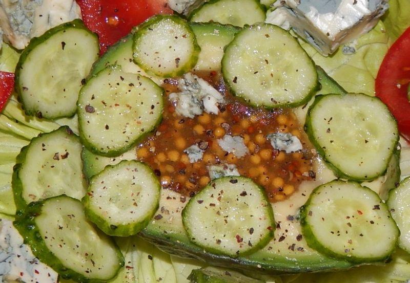 Wiosenna przekąska z avocado i gorgonzolą