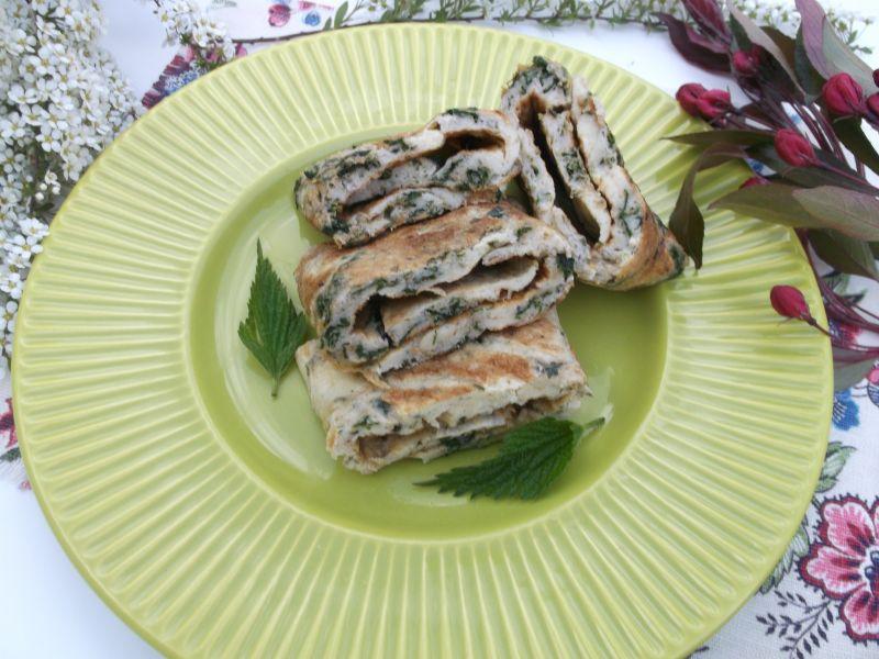 Wiosenny omlet z pokrzywami