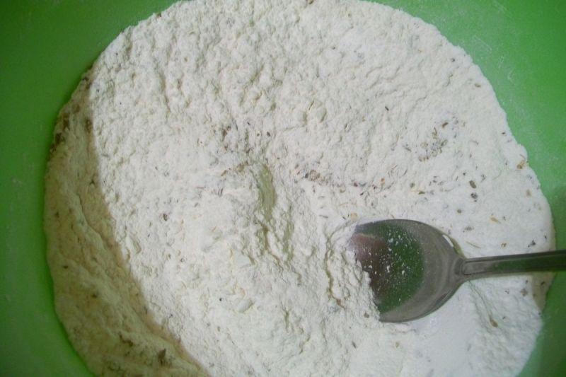 Wytrawne muffinki z serem i kabanosami