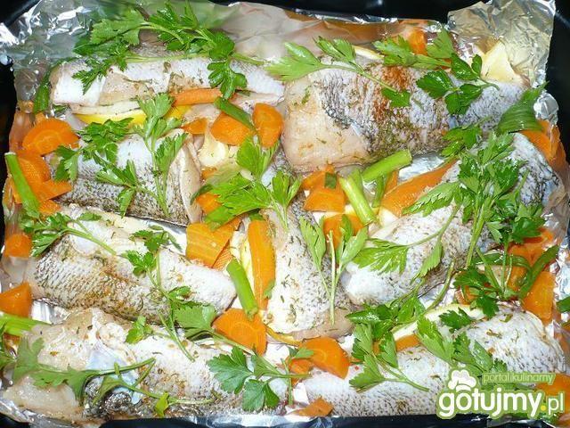 Zapiekane płotki w warzywach