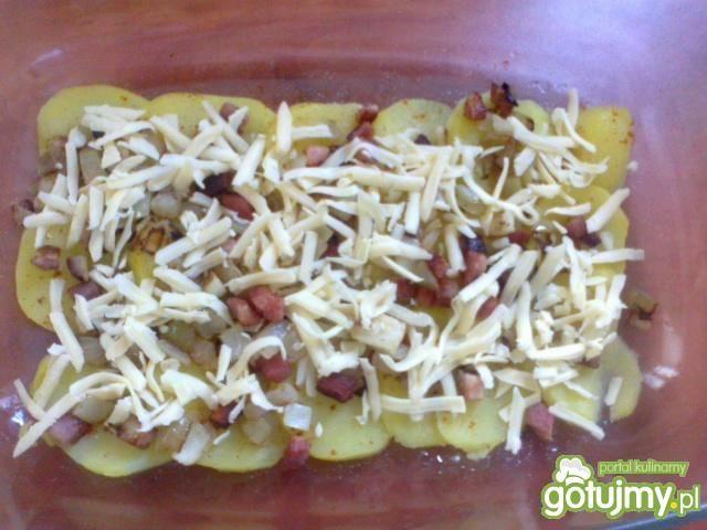 Zapiekane ziemniaki z serem i boczkiem