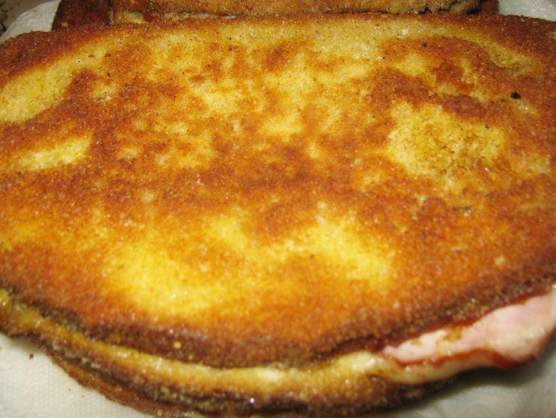 Zapiekanka chlebowa