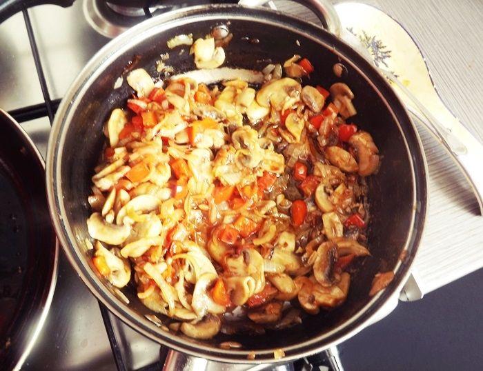 Zapiekanka makaronowa z kurczakiem
