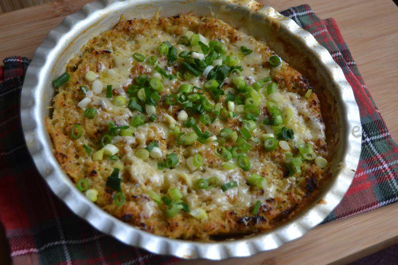 Zapiekanka warzywna z sosem czosnkowym
