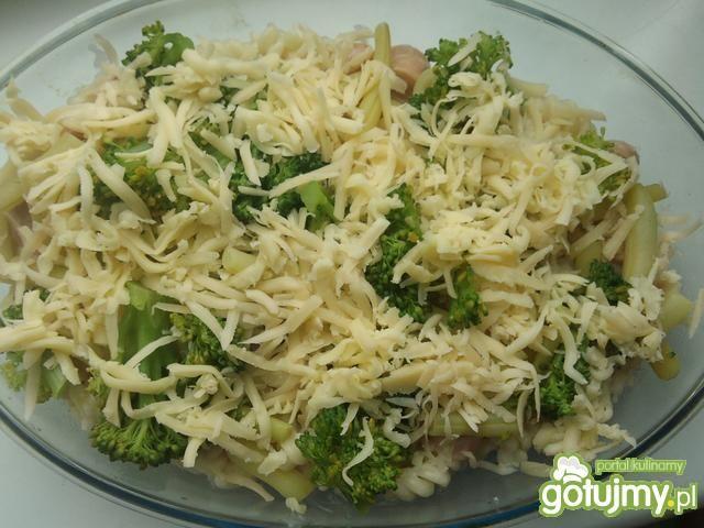 Zapiekanka z brokułem i fasolką