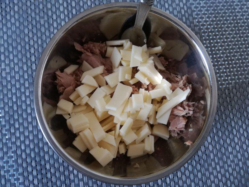 Zapiekanka z tuńczykiem i fenkułem