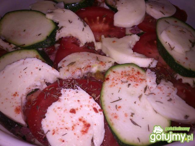 Zapiekanka z warzyw i polędwicy wołowej