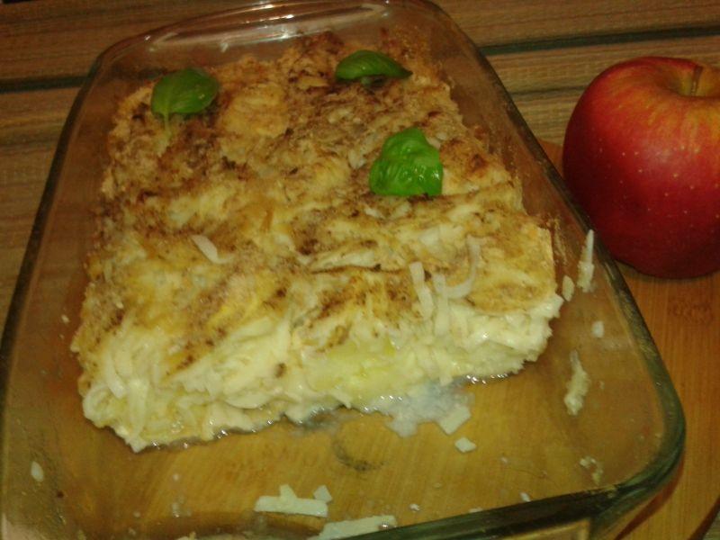 Zapiekany makaron z jabłkami