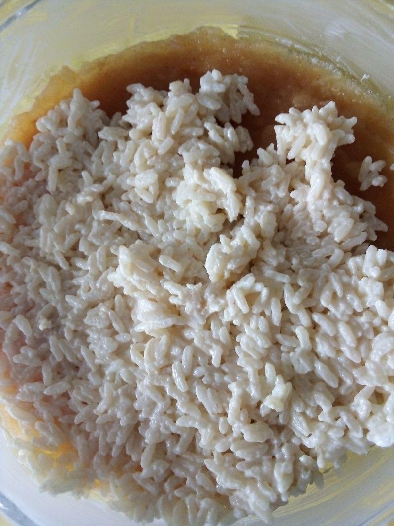 Zapiekany ryż z jabłkami