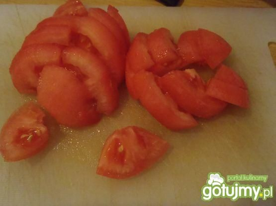 Zdrowa sałatka z pomidorami
