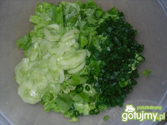 Zielona sałatka do obiadu