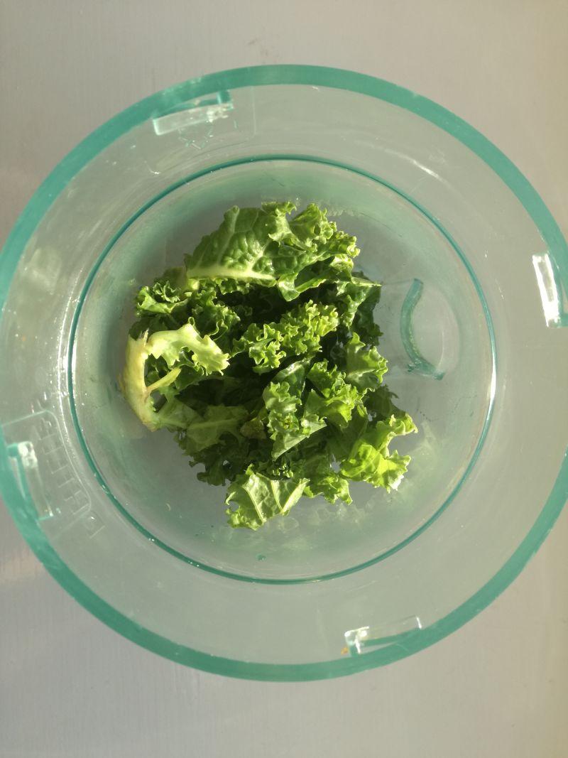 Zielony Koktajl z natki i jarmużu