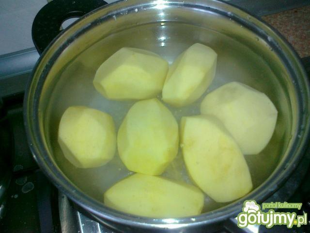 Ziemniaczane talarki z żółtym serem