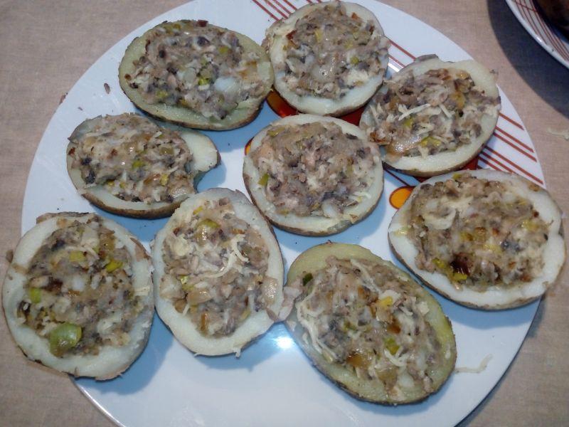 Ziemniaki faszerowane pieczarkami