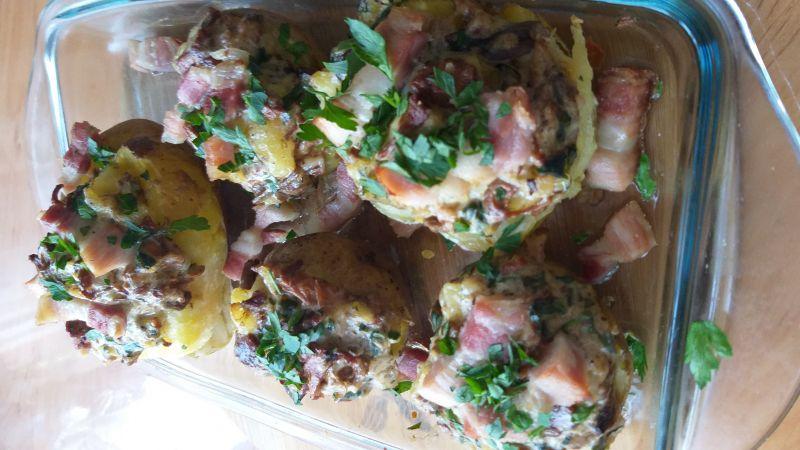 Ziemniaki zapiekane farszem grzybowym