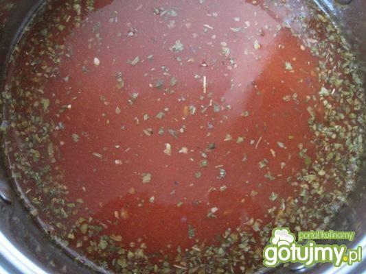 Ziołowo-pomidorowy sos do gołąbków