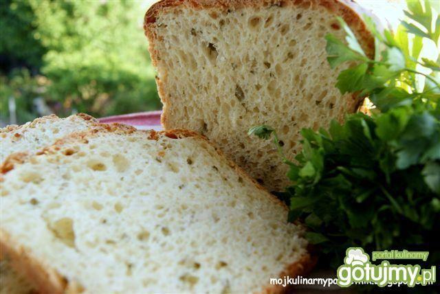 Ziołowy chleb tostowy