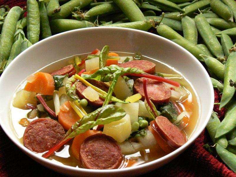 Zupa jarzynowa z boćwiną