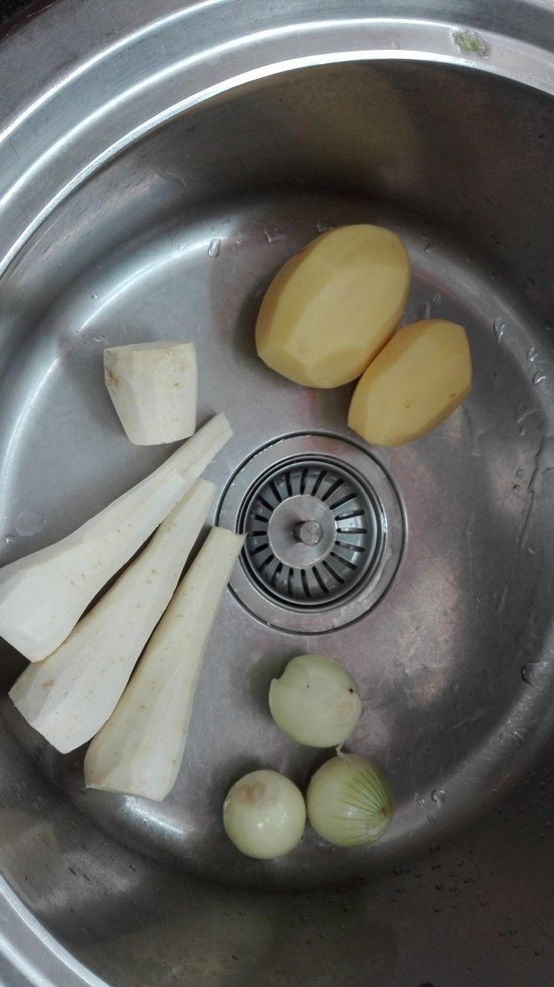 Zupa - krem z korzenia pietruszki