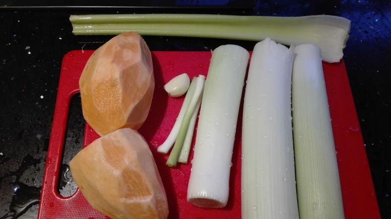 Zupa-krem z pora i słodkich ziemniaków