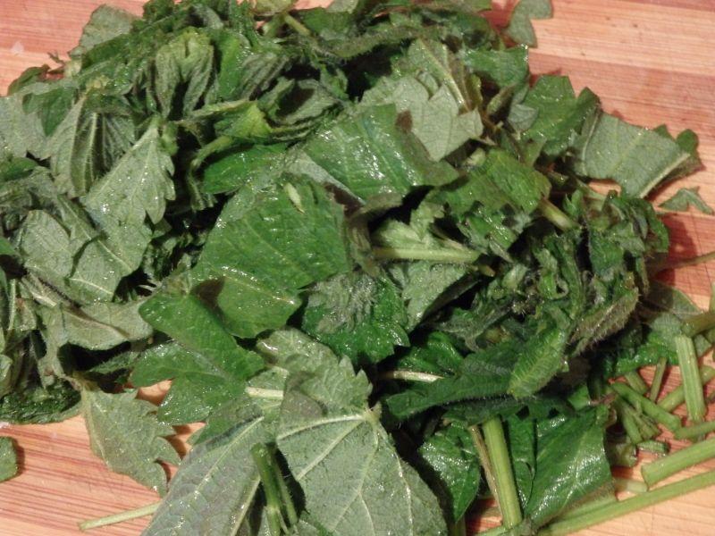 Zupa krem z zielonych szparagów z pokrzywą
