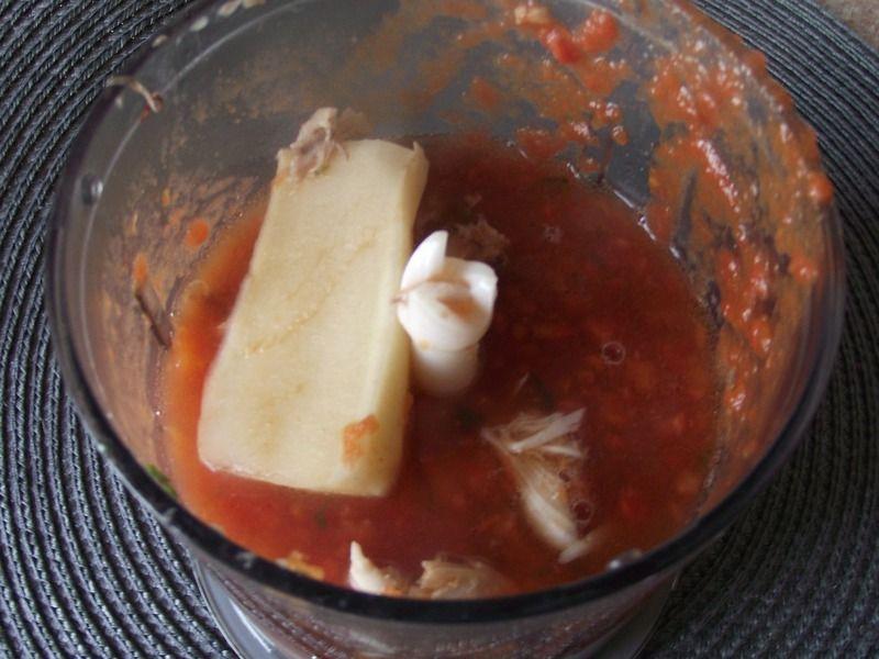Zupa pomidorowa z kurczakiem