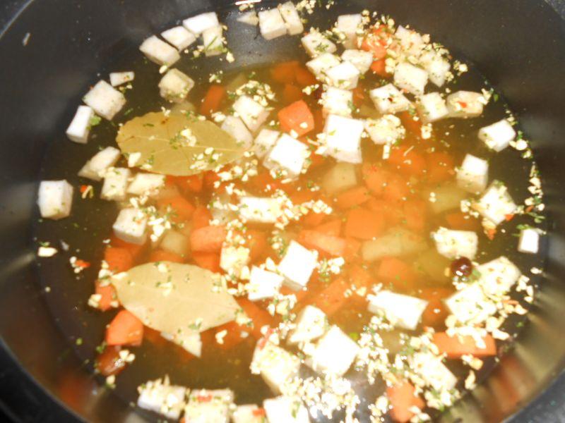 Zupa porowa z kaszą jaglaną