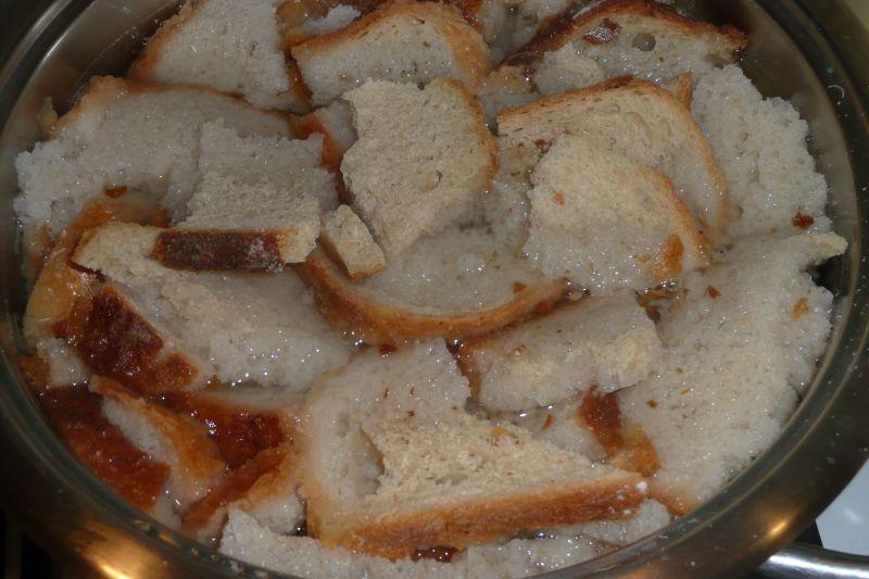 Zupa z czerstwego chleba