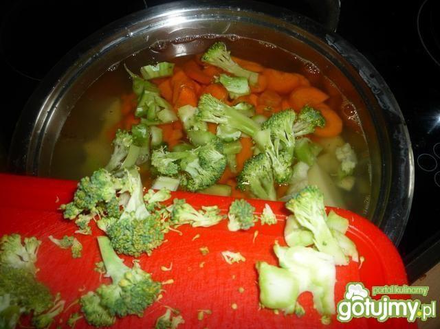 Zupa z dorszem i warzywami