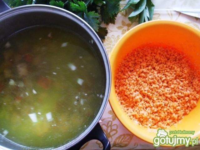 Zupa z soczewicą na kiełbasie
