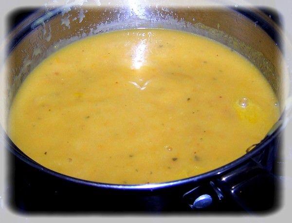 Zupa z żółtych pomidorów