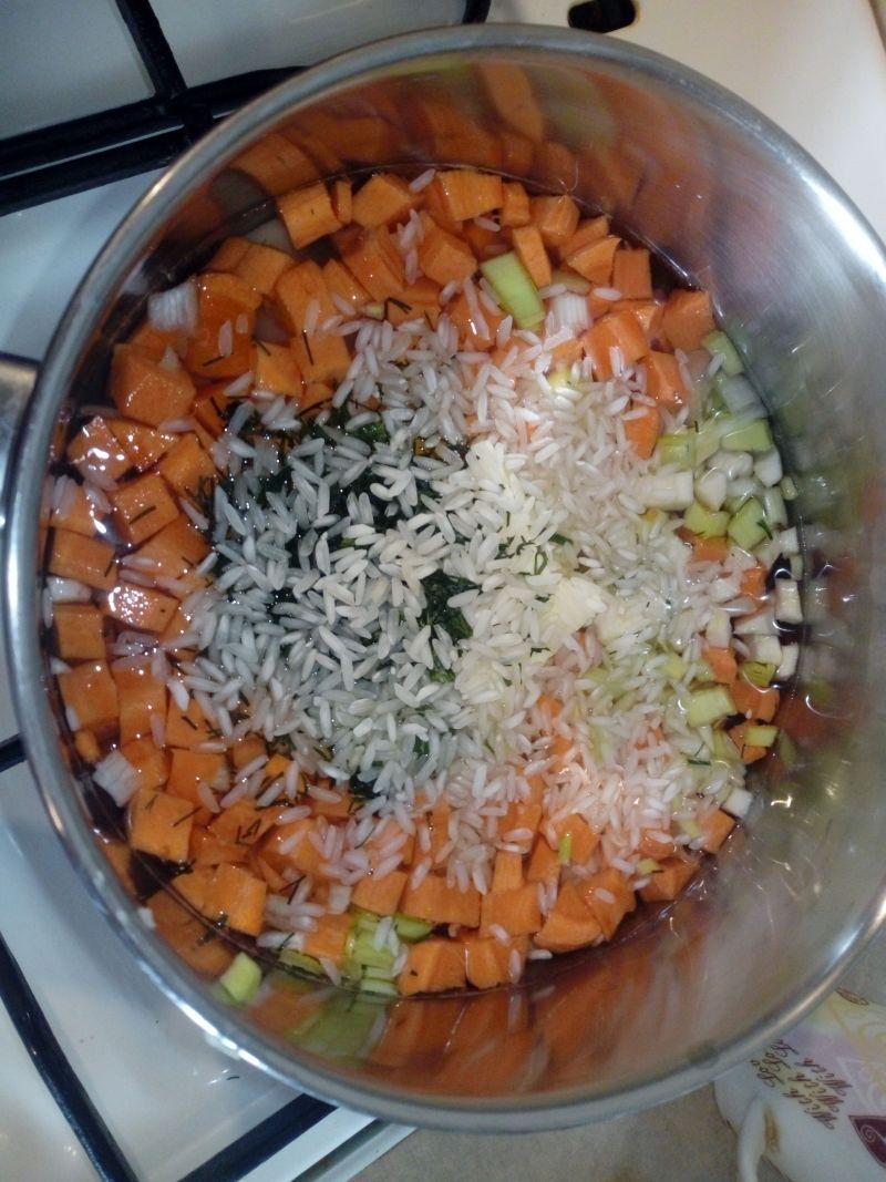 Zupka ryżowa z jajkiem