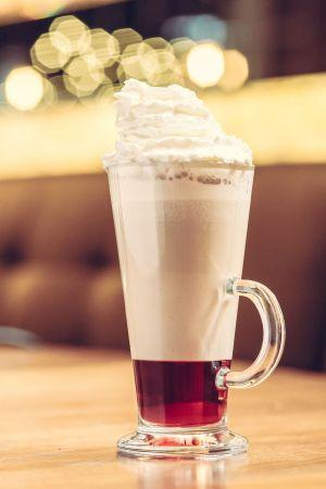 Spices raspberry - napój kawowy z syropem malinowym i przyprawą korzenną