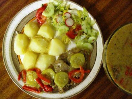 Gulasz wieprzowy z cukinia i papryka