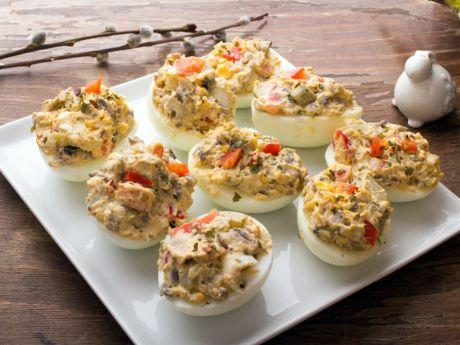 Jak zrobić jajka faszerowane z pieczarkami?