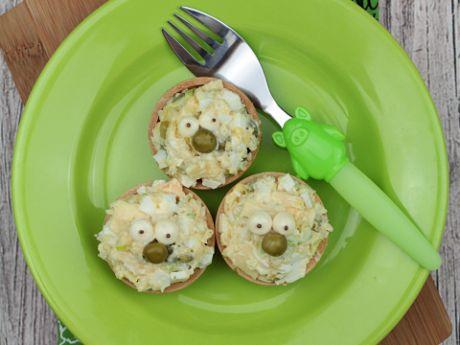 Zielona sałatka w wafelkach -