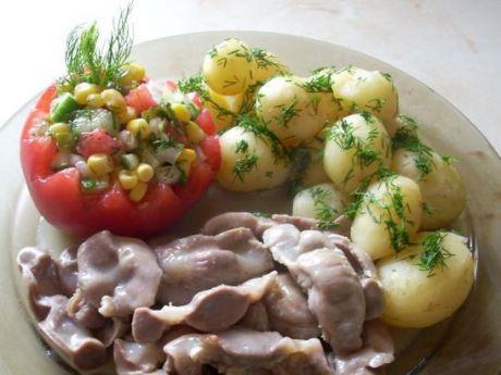 Żołądki kurze w sosie czosnkowym