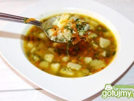 Zupa koperkowa z kaszą perłową