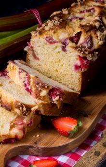 Jak przygotować rabarbar do ciasta?