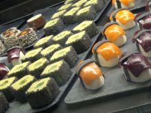Zobacz jak zrobić słodkie sushi