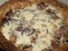 Tarta z kozim serem i kurczakiem