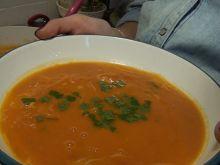 Zupa pomidorowa na mleku kokosowym