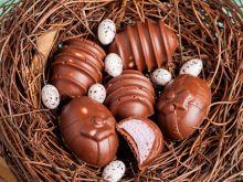 Czekoladowe jajeczka z piankami marshmallows