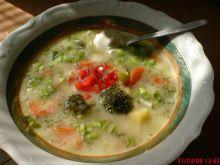 Aksamitna zupa brokułowa