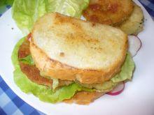 A la' hamburger z weki z panierowaną cukinią