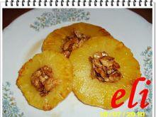 Ananas Eli z miodem i migdałami